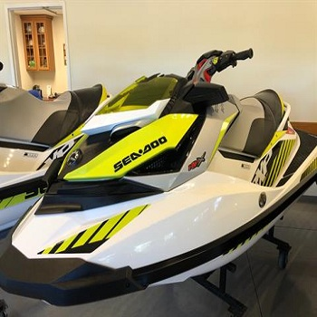 NEW Jet ski 1400cc Kawasaki Jet Ski